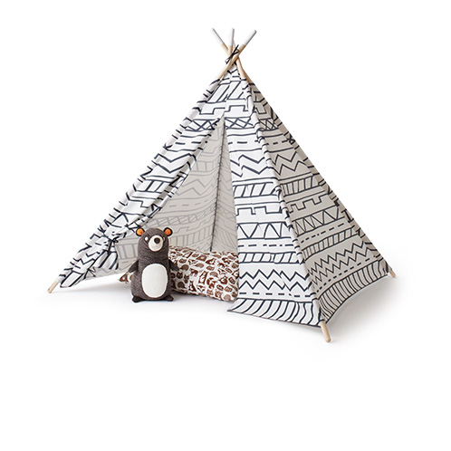 c& kiddo Teepee bear throw pillow  sc 1 st  Target & Target : Expect More Pay Less